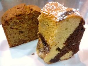マーブルケーキとナッツのパウンドケーキ